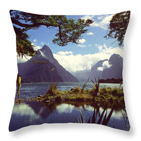 Milford Sound In New Zealand's Fiordland National Park Throw Pillow by Alex Cassels