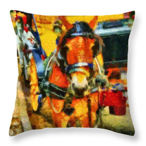 New York Horse And Carriage Throw Pillow by Dan Sproul