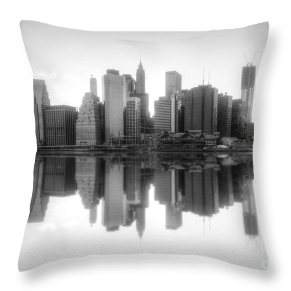 New York Skyline Sunset Bw Throw Pillow by Yhun Suarez