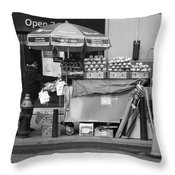 New York Street Photography 6 Throw Pillow by Frank Romeo