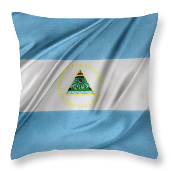 Nicaraguan flag Throw Pillow by Les Cunliffe