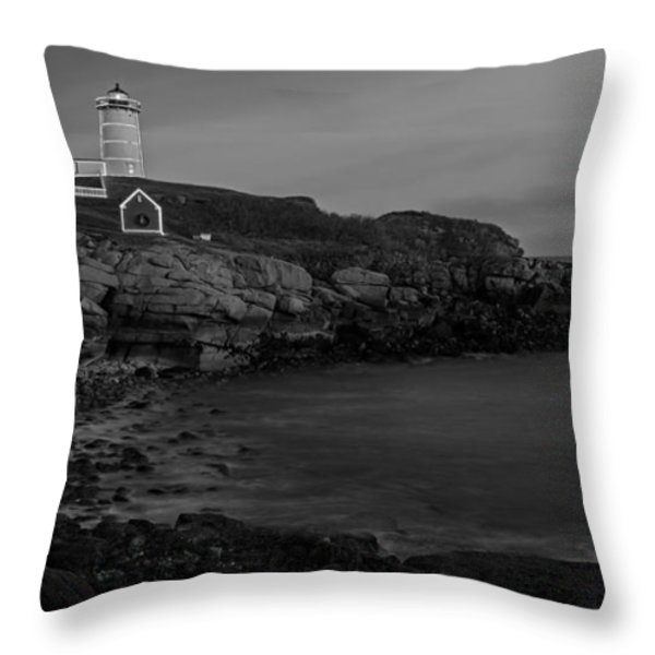 Nubble Light At Sunset Bw Throw Pillow by Susan Candelario