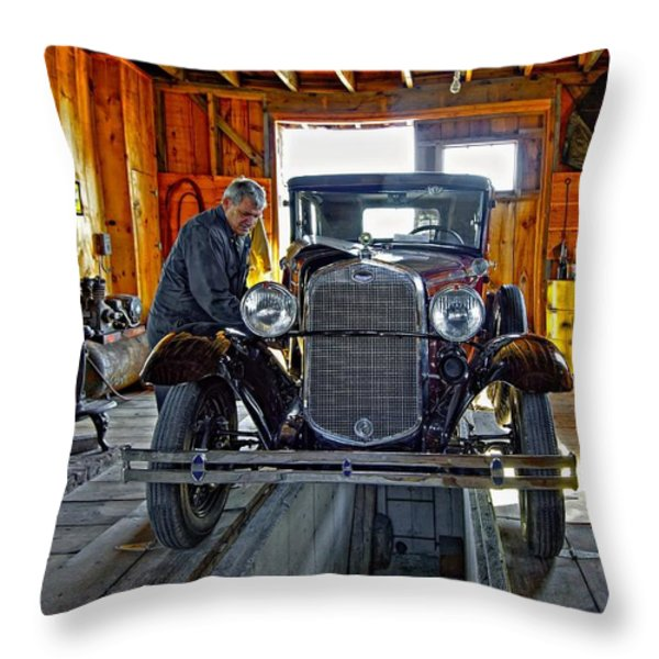 Old Fashioned Tlc Throw Pillow by Steve Harrington
