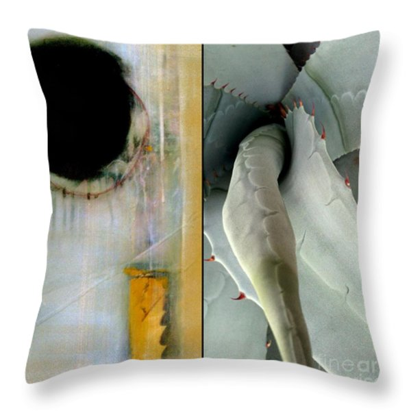 p HOTography 152 Throw Pillow by Marlene Burns