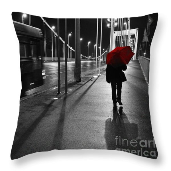 Parallel speed Throw Pillow by Simona Ghidini
