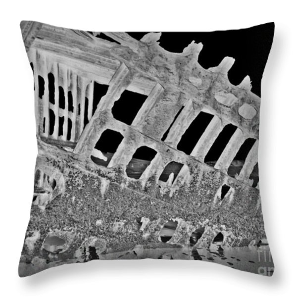 Peter Iredale In Reverse Bw 7 Throw Pillow by Chalet Roome-Rigdon