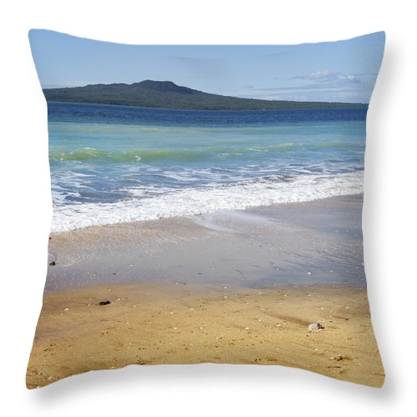 Rangitoto Throw Pillow by Les Cunliffe