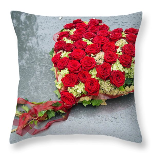Red Flower Heart With Roses - Beautiful Wedding Flowers Throw Pillow by Matthias Hauser