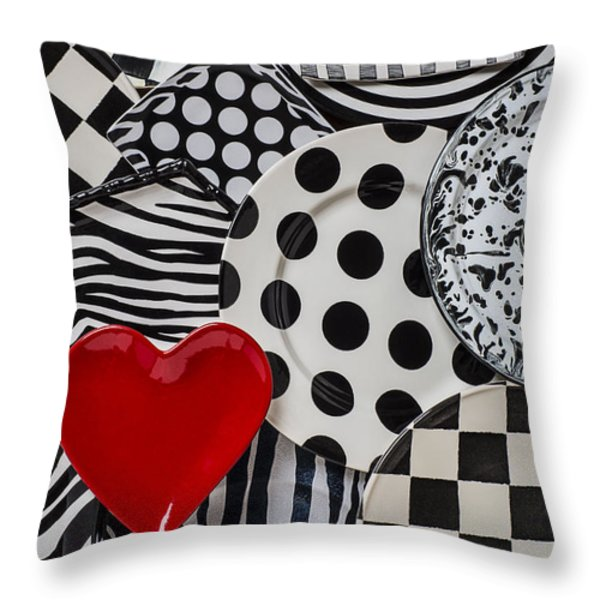 Red Heart Plate On Black And White Plates Throw Pillow by Garry Gay