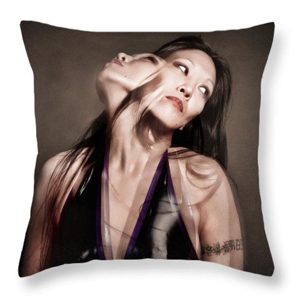 Ree ja soul Throw Pillow by Gary Heller