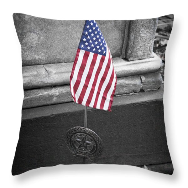 Revolutionary War Veteran Marker Throw Pillow by Teresa Mucha