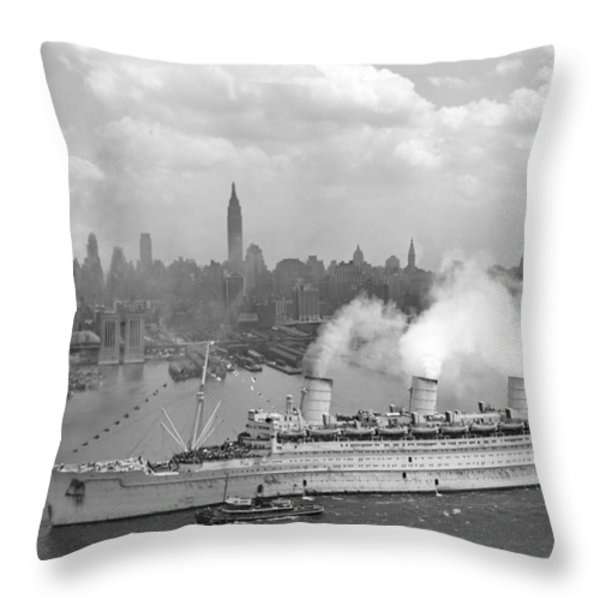 Rms Queen Mary Arriving In New York Harbor Throw Pillow by War Is Hell Store