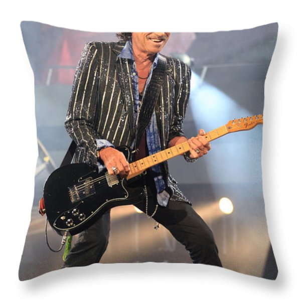 Rolling Stones Concert 4 Throw Pillow by Rafa Rivas
