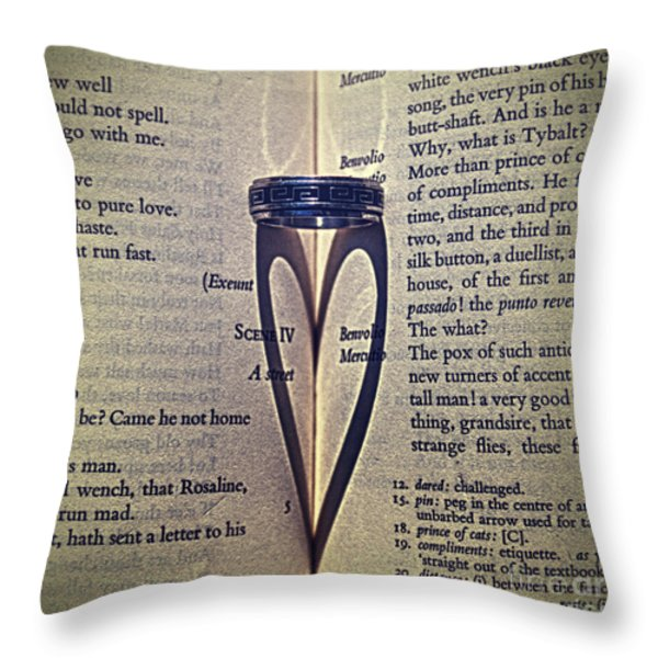 Romeo and Juliet  Throw Pillow by Stylianos Kleanthous