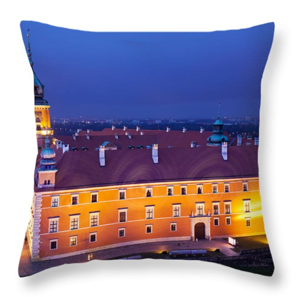 Royal Castle In Warsaw At Night Throw Pillow by Artur Bogacki