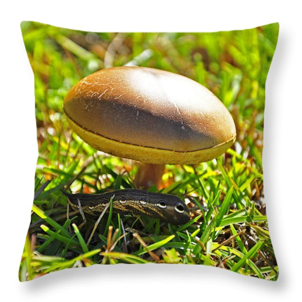 Shade Of The Shroom Throw Pillow by Al Powell Photography USA
