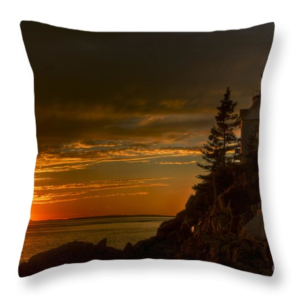 Sunset At Bass Harbor Lighthouse Throw Pillow by Oscar Gutierrez
