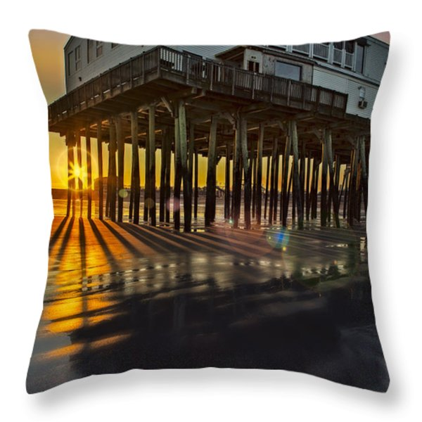 Sunset At The Pier Throw Pillow by Susan Candelario