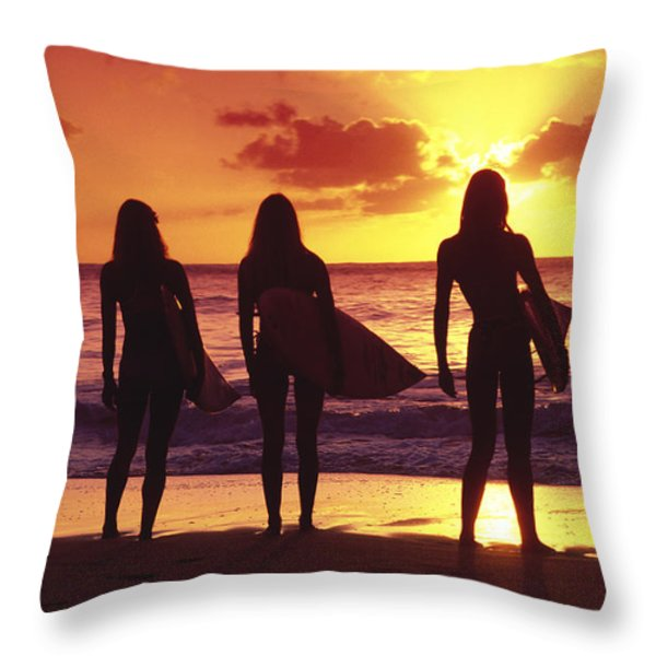 Surfer girl silhouettes Throw Pillow by Sean Davey