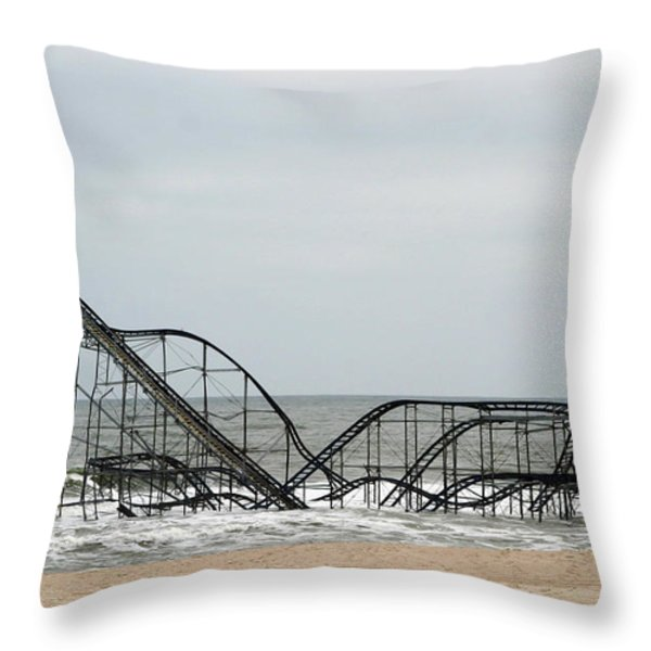 The Jetstar Rollercoaster In Seaside Heights Nj Throw Pillow by Living Color Photography Lorraine Lynch