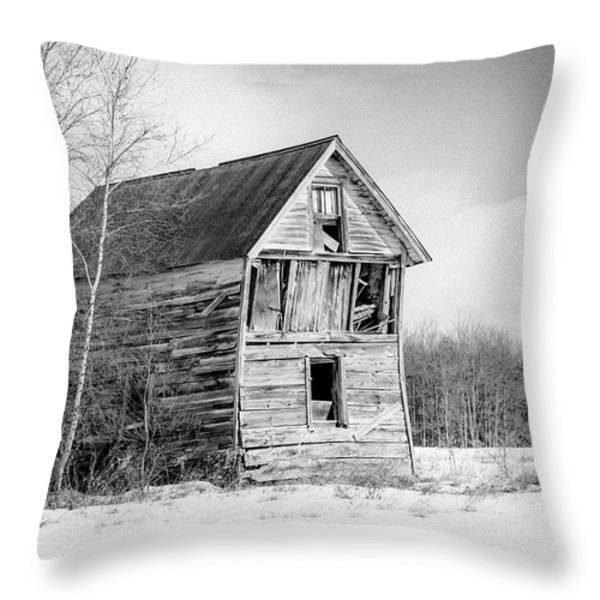 The old shack Throw Pillow by Gary Heller
