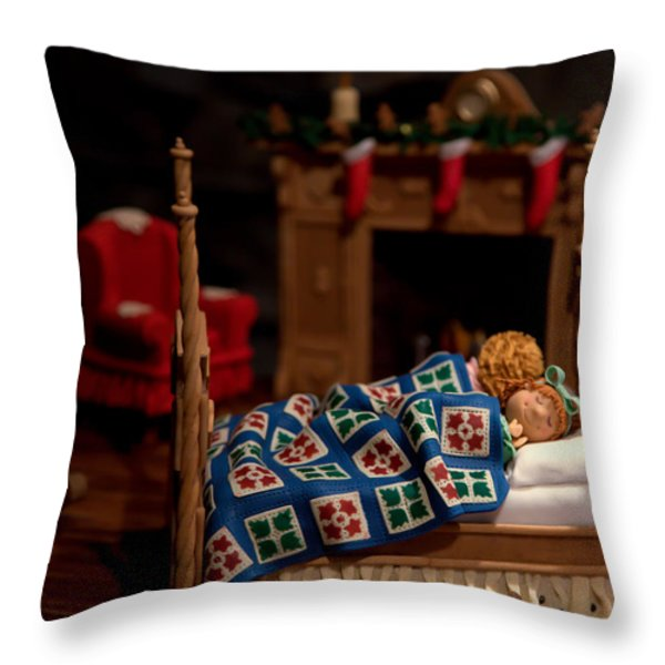 Twas The Night Before Christmas Throw Pillow by Karen Wiles