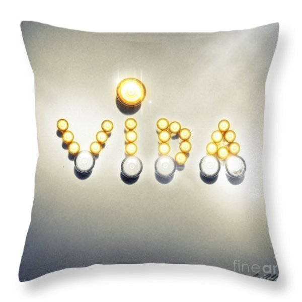 Untitled No.18 Throw Pillow by Caio Caldas