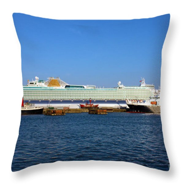 Ventura Sheildhall Calshot Spit And A Tug Throw Pillow by Terri  Waters