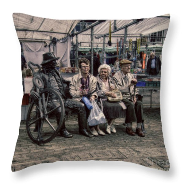 Which One Is the Statue Throw Pillow by Michael Braham