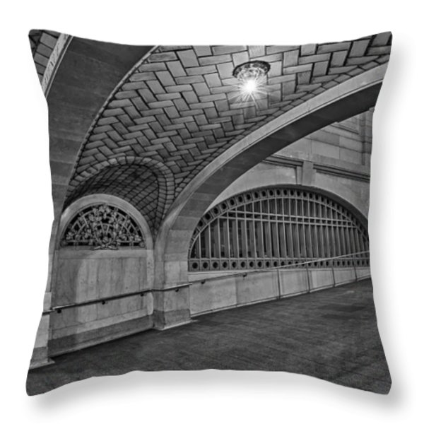 Whispering Gallery Bw Throw Pillow by Susan Candelario