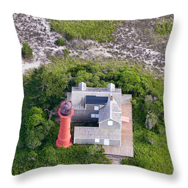 Monomoy Light At Monomoy Wildlife Refuge In Chatham On Cape Cod Throw Pillow by Matt Suess