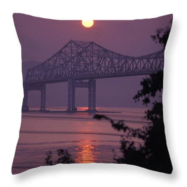 Tappen Zee Bridge At Sunset Throw Pillow by Richard Nowitz