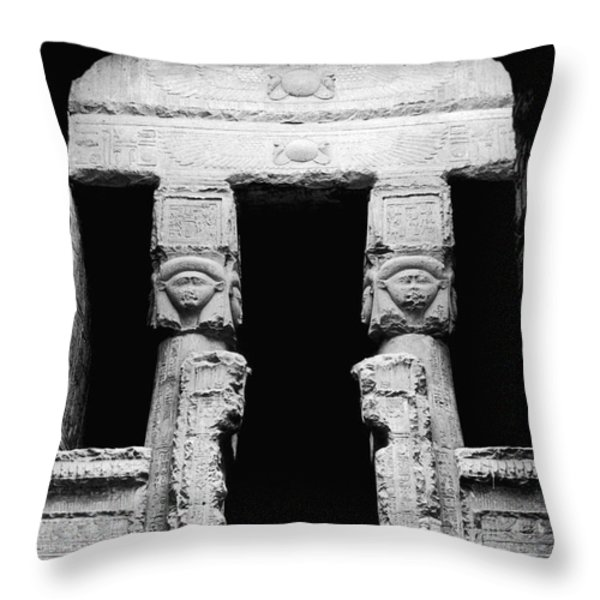 Temple Of Hathor Throw Pillow by Photo Researchers, Inc.