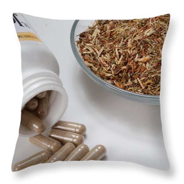 St Johns Wort Throw Pillow by Photo Researchers, Inc.