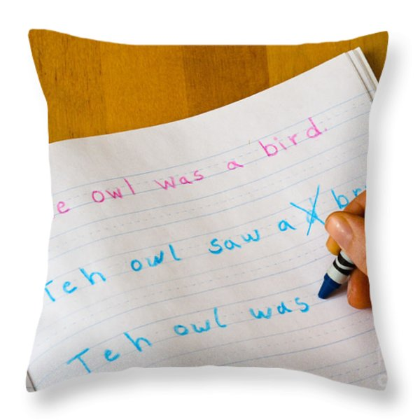 Dyslexia Testing Throw Pillow by Photo Researchers, Inc.