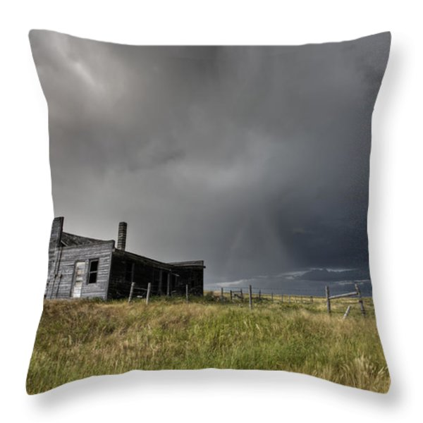 Abandoned Farmhouse Saskatchewan Canada Throw Pillow by Mark Duffy