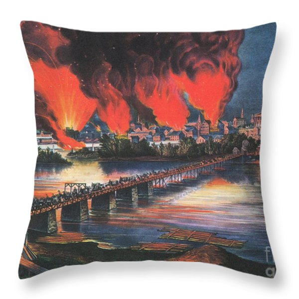 American Civil War Fall Of Richmond Throw Pillow by Photo Researchers