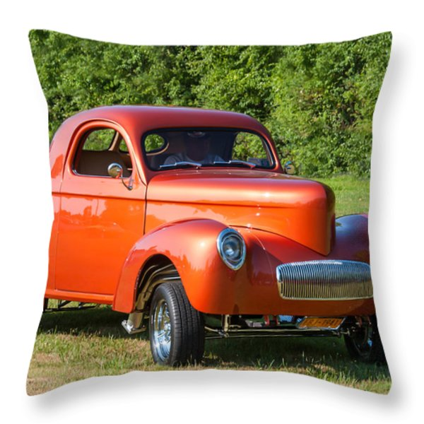 Arriving Throw Pillow by Guy Whiteley