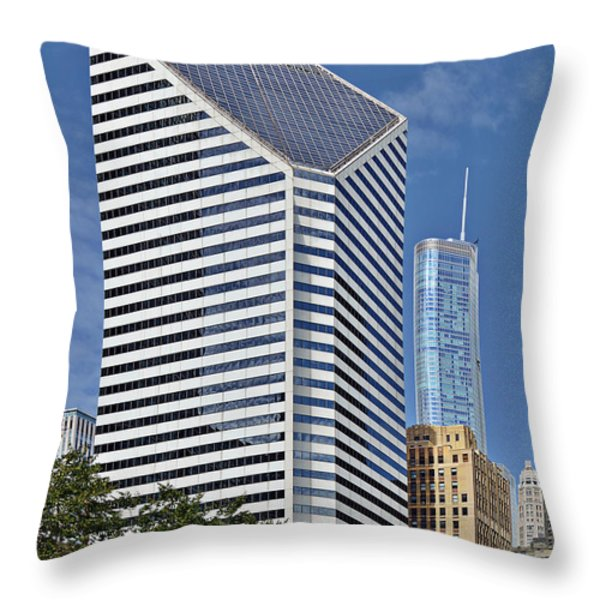 Chicago Crain Communications Building - former Smurfit-Stone Throw Pillow by Christine Till