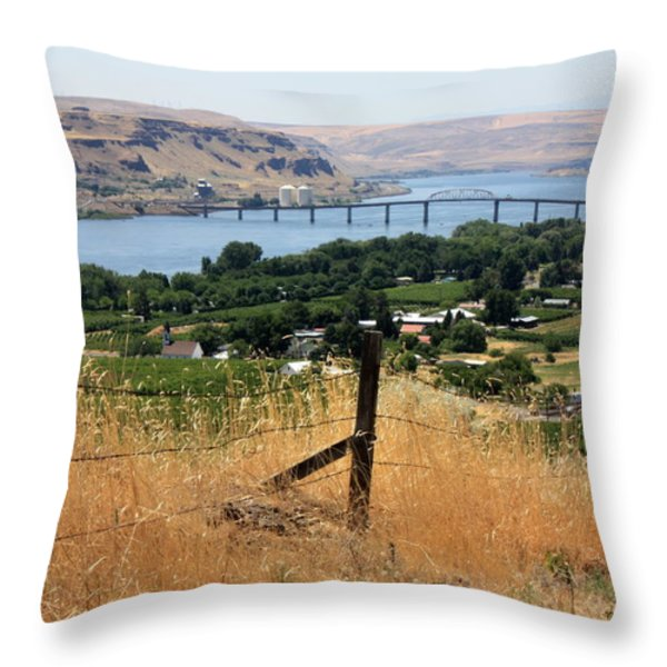 Columbia River - Biggs And Maryhill State Park Throw Pillow by Carol Groenen