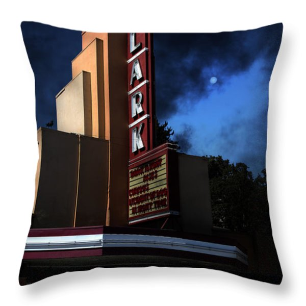 Creature Feature At The Lark - Larkspur California - 5D18484 Throw Pillow by Wingsdomain Art and Photography