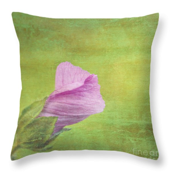 Deploiement - 01ct02b Throw Pillow by Variance Collections
