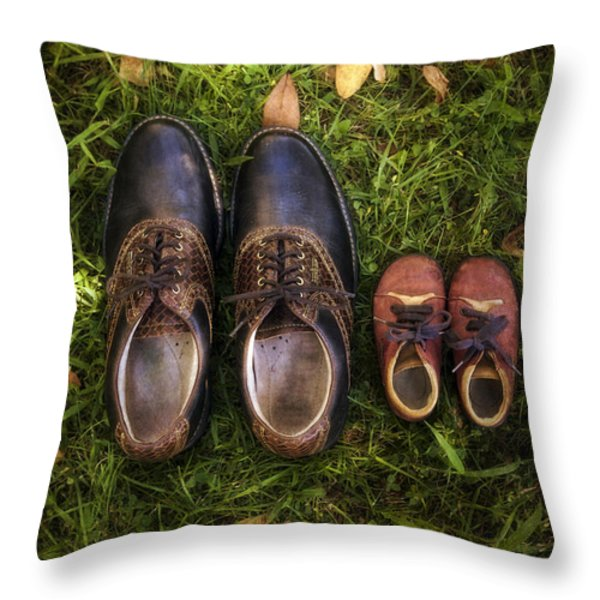 father and child Throw Pillow by Joana Kruse