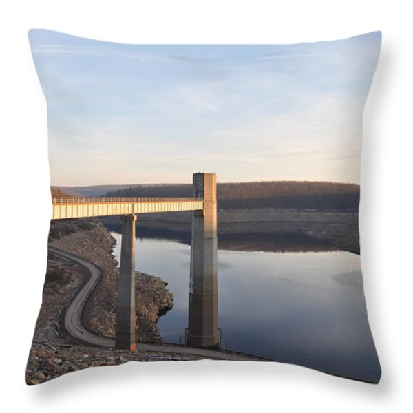 Francis E Walter Dam Throw Pillow by Bill Cannon