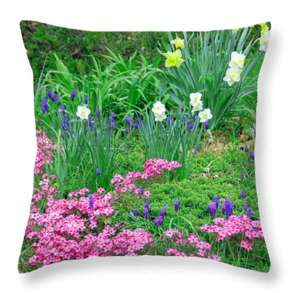 Garden Escape Throw Pillow by Aimee L Maher Photography and Art