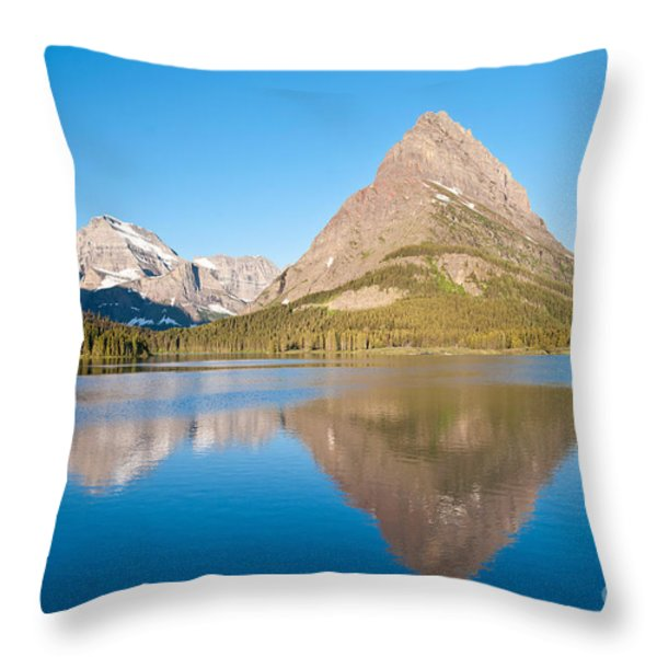 Grinnell Point Throw Pillow by Andrew J Martinez and Photo Researchers