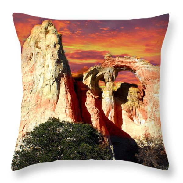 Grosvners Arch Throw Pillow by Marty Koch