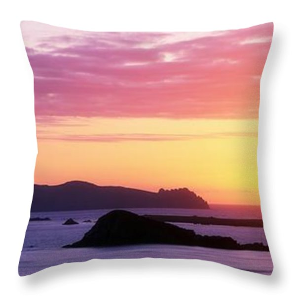 Inishtookert Island Blasket Islands, Co Throw Pillow by The Irish Image Collection