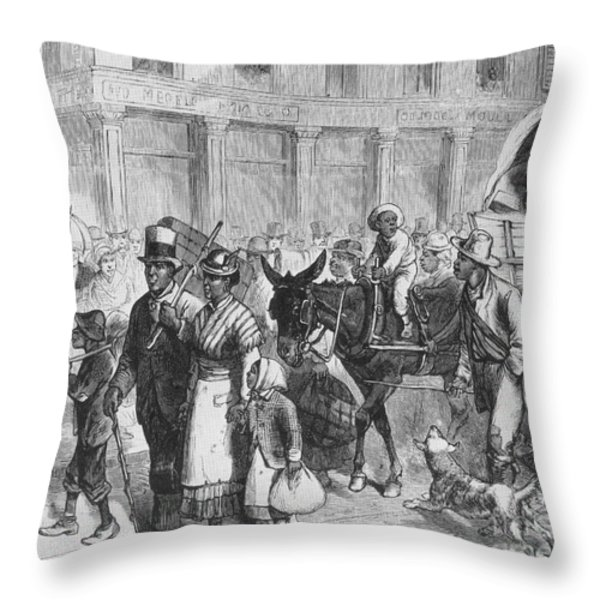 Liberated Slaves, 1861 Throw Pillow by Photo Researchers