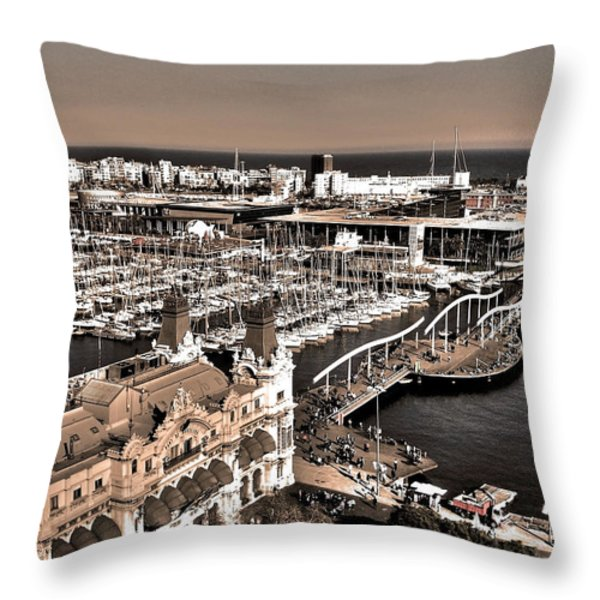 Looking South ... Throw Pillow by Juergen Weiss